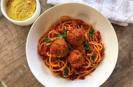 the-hungry-piggy-healthy-vegan-meatballs
