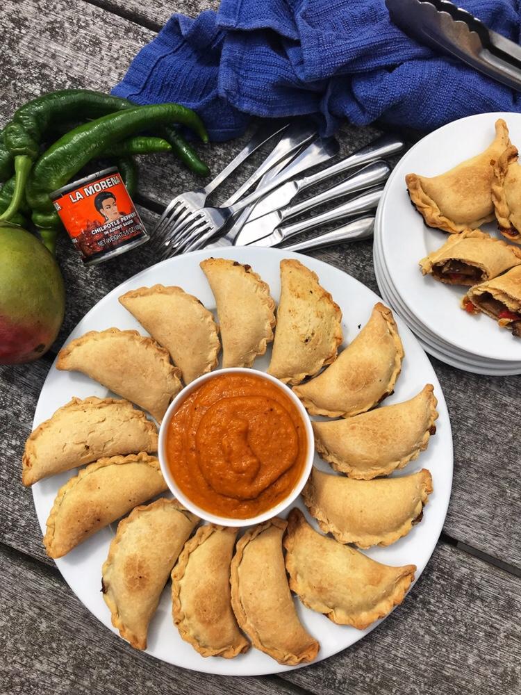 the-hungry-piggy-mushroom-and-capsicum-empanadas-2