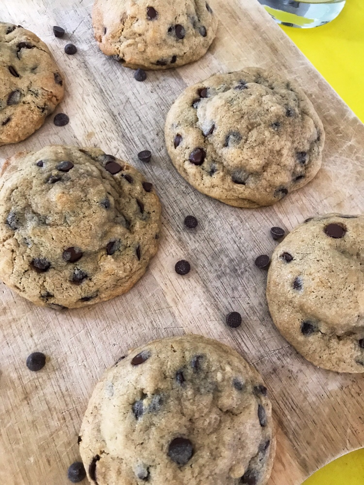 the-hungry-piggy-oreo-chocolate-chip-cookies-2
