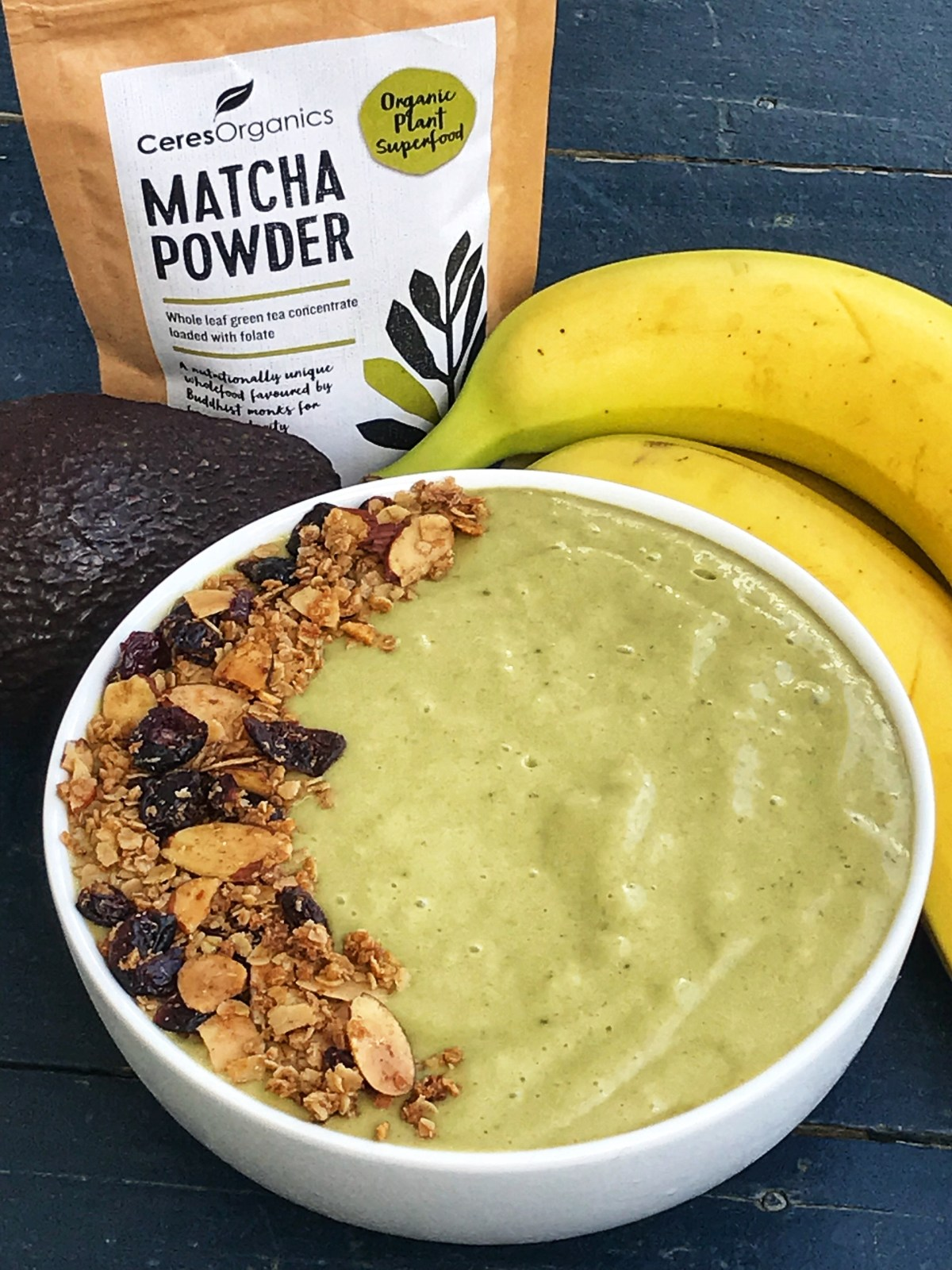 the-hungry-piggy-matcha-smoothie-bowl-image-2